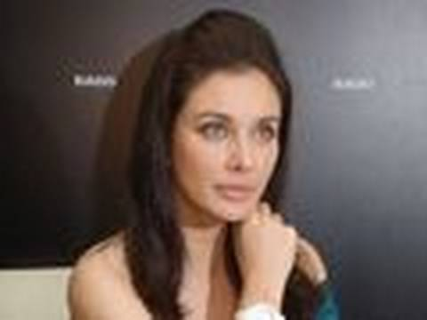 Lisa Ray diagnosed with CANCER