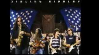 Watch Doobie Brothers People Gotta Love Again video