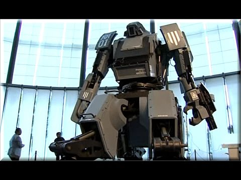 'Transformer' robots a reality in Japan