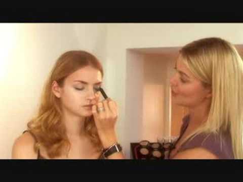Jemma Kidd Make-Up School Part 1