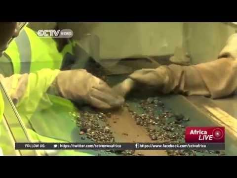 Zimbabwe nationalises diamond mining