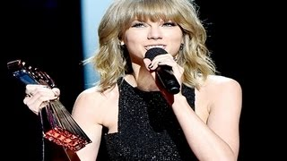 Video iHeartRadio Music Awards 2015