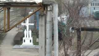 Trenurile renovate stau sub gard, la depoul Chișinău