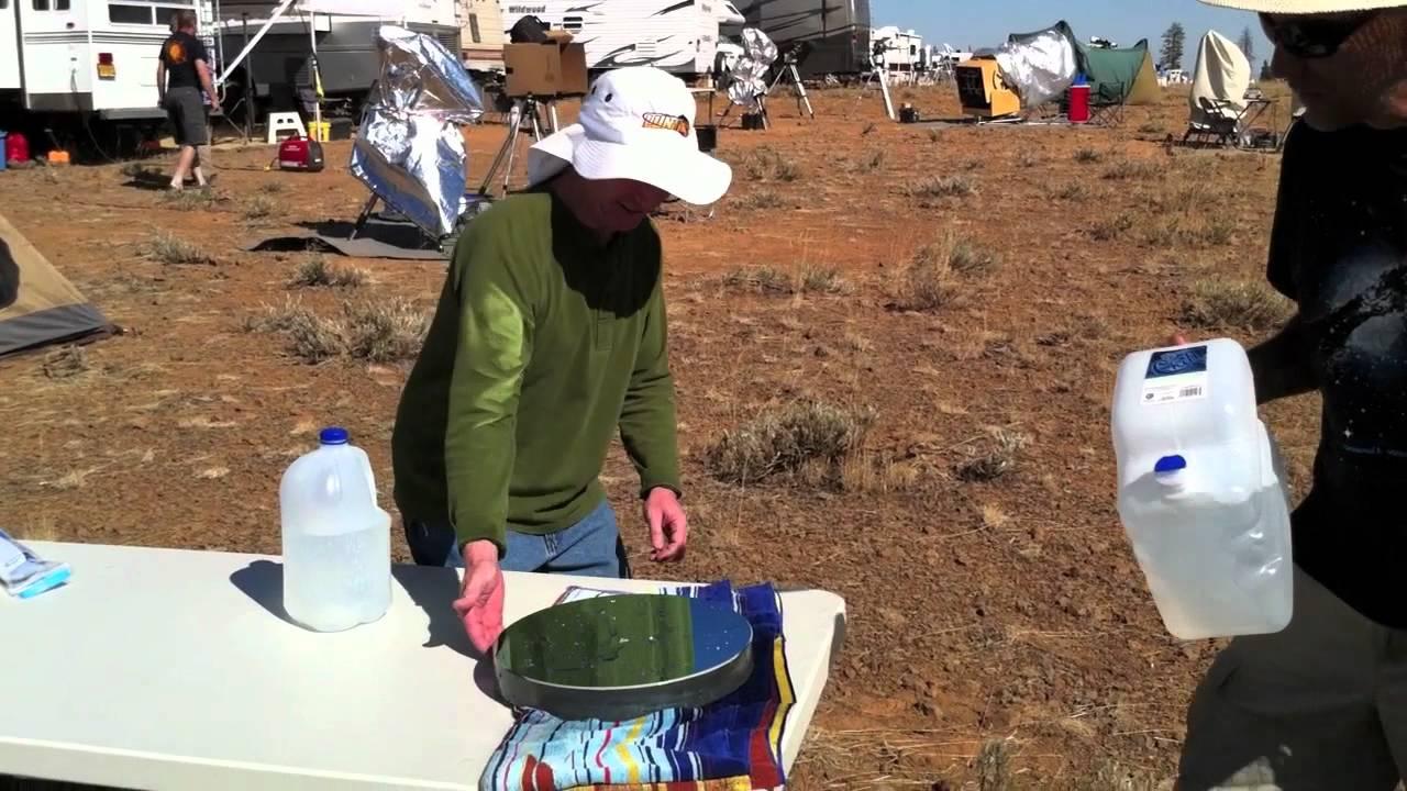 Reflector Telescope Mirror Cleaning a Telescope Mirror