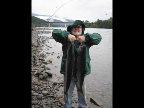 Terrace BC Spring Chinook Salmon Fishing #1 Skeena River 2009