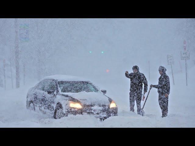 Сугробы размером с дом. Сахалин засыпало снегом. Грядут морозы