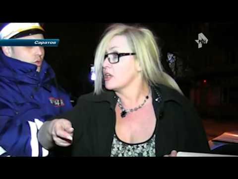 В Саратове буйной автоледи, разбившей машину дпс, дали год тюрьмы