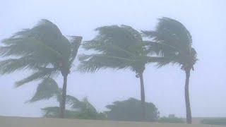 Oman : le cyclone rétrogradé en tempête tropicale