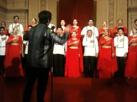 Piliin Mo Ang Pilipinas Performed By Ust Singers video
