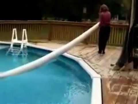 How To Take A Solar Cover Off Of An Aboveground Pool.mp4