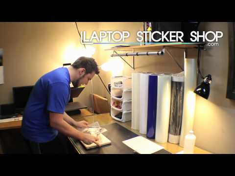 How to apply a macbook sticker