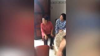 Bất ngờ LỆ THỦY gặp MINH VƯƠNG tại Mỹ Tho dự đám giỗ nhà bác Ba Hùng