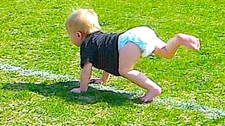 Baby sideline stretch... HILARIOUS!