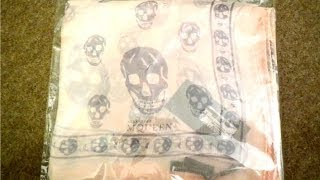 Alexander McQueen Skull Scarf How to tell a new real from fake - unboxing