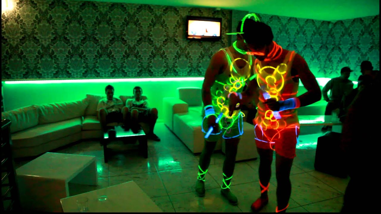 Glow Sticks Dance Dancing Glow Stick 2