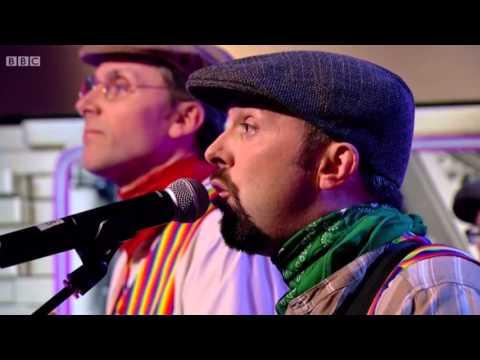 The Lancashire Hotpots - DIBNAH Live On BBC2