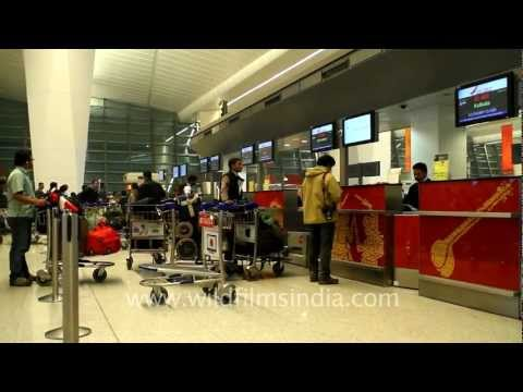 Indira Gandhi International Airport T3 terminal arrivals and departures at New Delhi - a spanking new facility that makes Delhi airport a truly international one! Delhi International Airport...