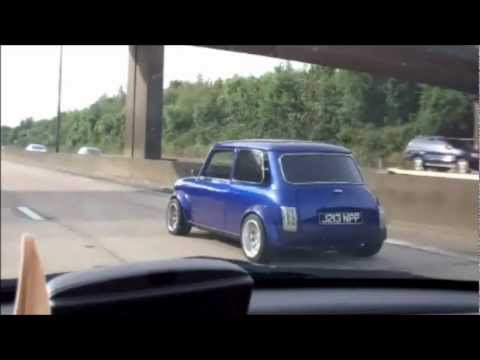 CRAZY FAST MINI MORRIS Cooper in England. It's AWESOME! Vintage car