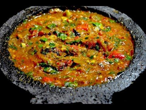 La mejor salsa que vas a comer en tu vida.   Salsa en molcajete