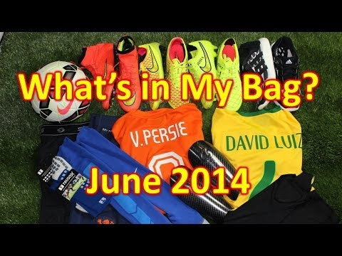 What's In My Soccer Bag? - June 2014