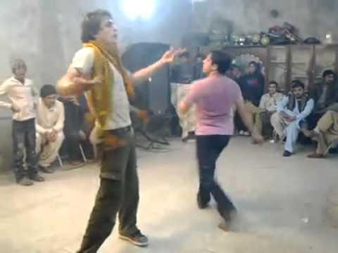 peshawar dj faraz khan dance by pushto song  Qarara rasha