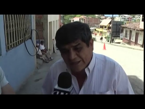 ATAQUE al Presidente Rafael Correa.mp4