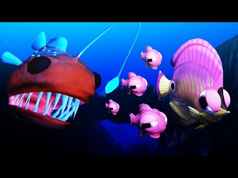 Giant Angler Fish Attacks Pink Fish! - Feed and Grow Fish Gameplay