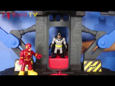 SUPERMAN KIDNAPS BATMAN vs JOKER LAUGHS⎜ The Flash races The Reverse Flash ⎜ Baby Toddler Kid Movie