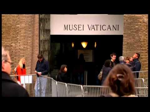 2228WD VATICAN-ITALY-SISTINE TOURISTS