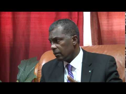 Bahamas Foreign Minister in Dominica post Erika