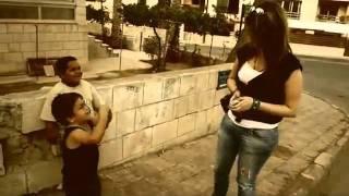 اطفال كأإأإأإأرثه شوفو اشلون يصادقون بنات 2011
