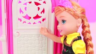 Frozen Do You Want To Build A Snowman Parody Young Elsa Anna Kids Barbie Clubhouse AllToyCollector