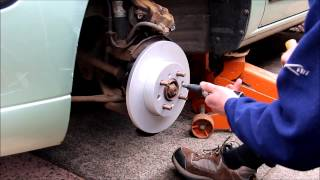 Rover 25 Front Disc Change