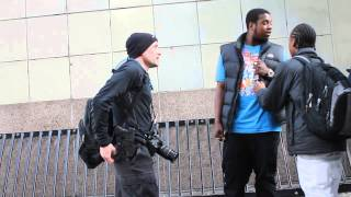 Open Carry Discussion on the Streets of Seattle (20 APRIL 2014)