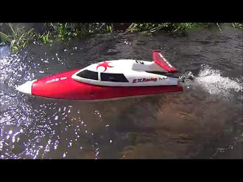 RC Boat FT007 First challenge on the rocks