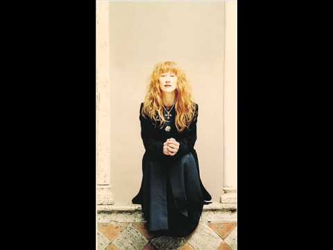 Loreena Mckennitt - Let All That Are to Mirth Inclined