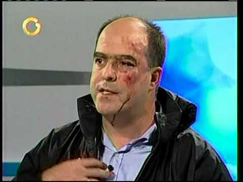 Julio Borges fue golpeado en la Asamblea Nacional