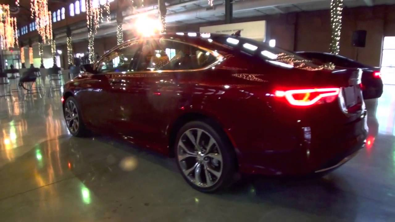 2015 Chrysler 200 fisrt look - YouTube
