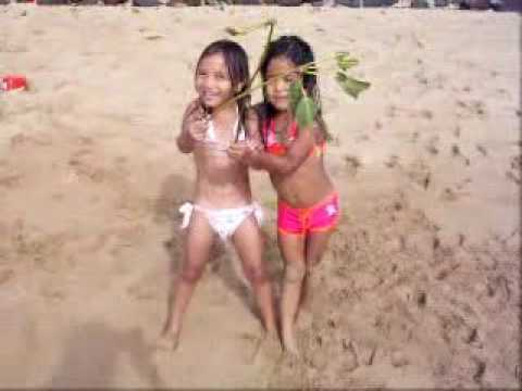 my brothers little girls on beach in hawaii   youtube