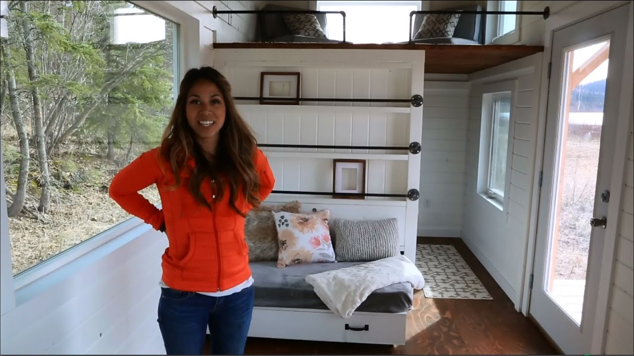 Tiny House Build: How to Build a Loft Bed Triple Bunk Bedroom [Episode 11]
