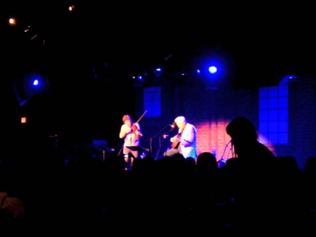 Del McCoury Playing Banjo w/ Sam Bush - The Birchmere - Alexandria, VA - 11/18/2012