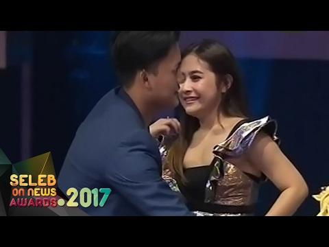 "Ikang Fawzi "" Seleb Senior Paling Hits "" VS Rizky Febian "" Seleb Junior Paling Hits "" - SON Awards"