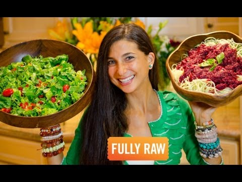 What a FullyRaw Vegan Eats in a Day (Winter Edition)