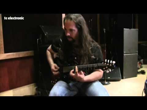 John Petrucci doing TonePrints for TC Electronic's Corona Chorus - clean sounds