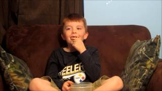 Kid does Jelly Bean Challenge: EPIC FAIL!