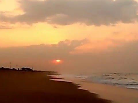 SEA BEACH EAST COAST OF INDIA PURI ORISSA 001