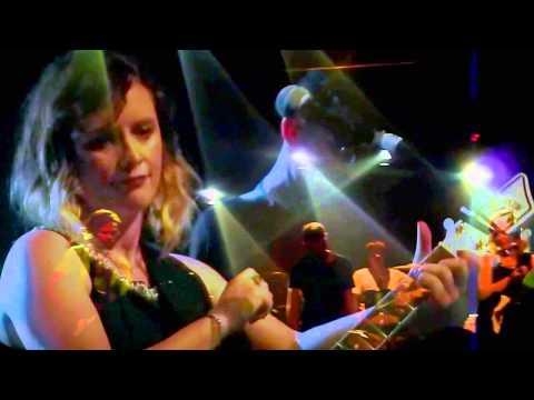 Slowdive -  Alison (Live @ Village Underground 19/5/14)