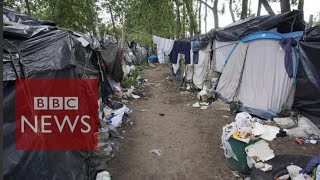 Calais: Living in 'The Jungle' migrant camp (360 video) BBC News