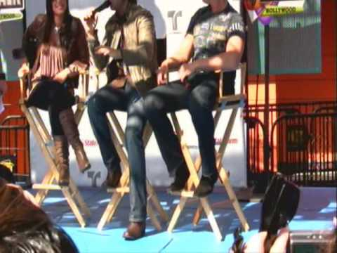 Jencarlos Canela, Gaby Espino y Miguel Varoni en Universal City Walk Part 3 - Hollywood CA Video