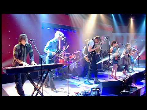Arcade Fire - Keep the Car Running | Friday Night with Jonathan Ross, 2007